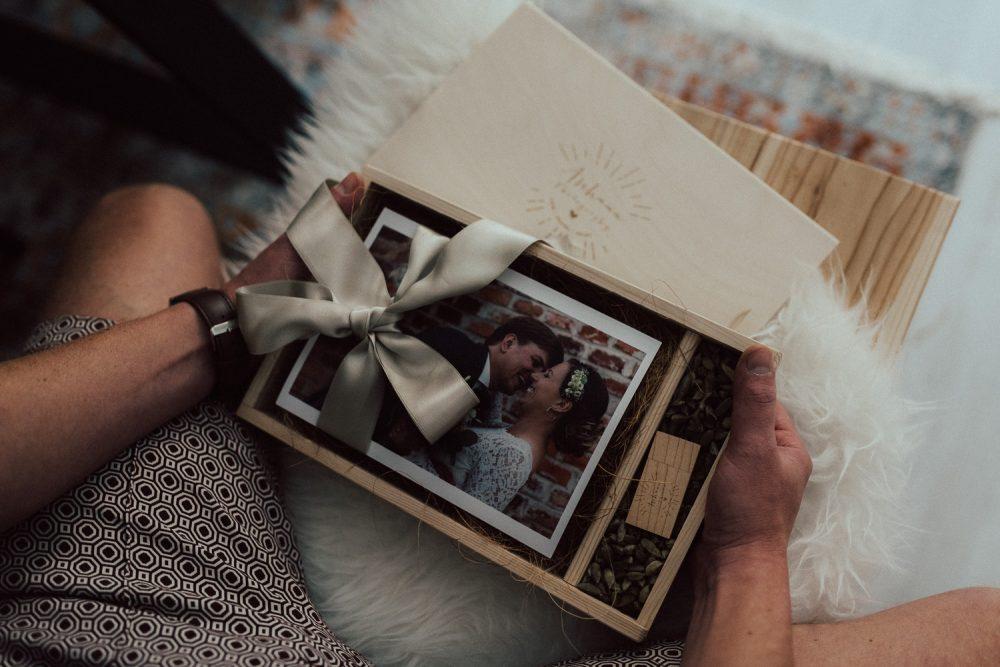Holzschachtel für Fotos 13*18 mit USB Fach
