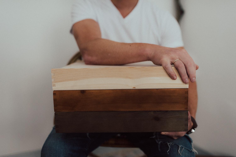 Holzbox für Fotobuch mit USB Fach