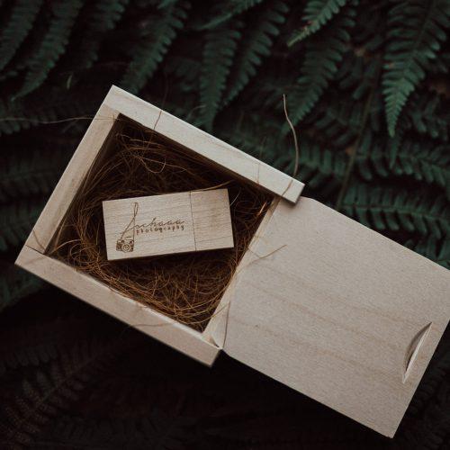 Holzbox für USB Stick